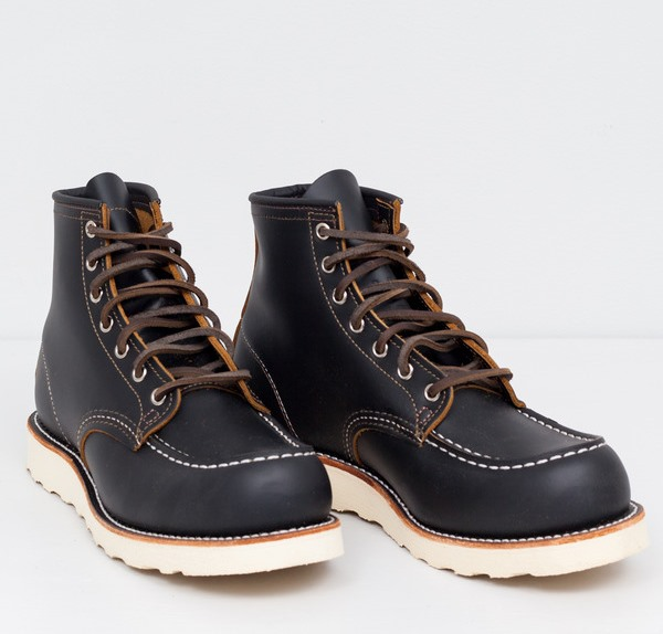 Red Wing Shoes – 9874 Moc Toe Irish Setter Black