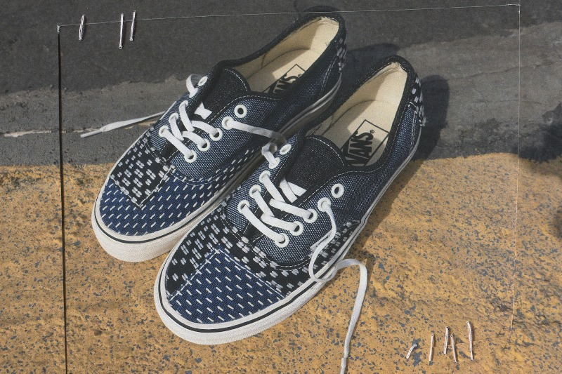 d7f864b379 vans Authentic